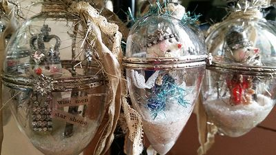 Snow scene ornaments sized